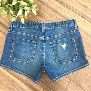 Guess Pocketed Blue Jean Shorts Women's Size 26
